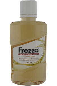 FREZZA MOUTHWASH STRONG MINT 240 ML